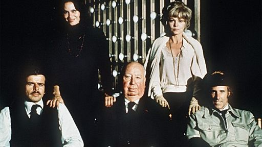 Family-Plot-alfred-hitchcock-33469116-512-288